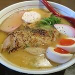 ひのき屋 - 料理写真:【(限定) 鶏の白湯塩ラーメン Xmasバージョン 骨付き鶏もも肉をtoppingで + 煮玉子】¥900 + ¥100