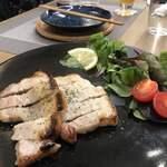 Premium Sake Pub GASHUE - 豚肉の酒粕焼き