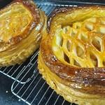 パン アトリエ クレッセント  - 料理写真:奥久慈りんごのアップルパイ ご予約承り中です。