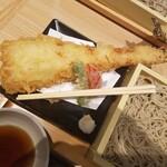 蕎麦きり みよた - 穴子の大きさがすごすぎる!お箸は通常サイズ!