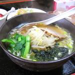 華蓮餃子房 - 料理写真:半ラーメン餃子セット+半ライス