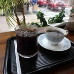 カフェ・カルディー - ブレンド¥350、アイスコーヒー¥370