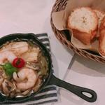 KUTSURO gu Café - アヒージョ