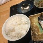 魚菜料理 二代目 みつい - ご飯も炊き立て~