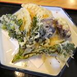 おおわ田 - 野菜天ぷらは6種