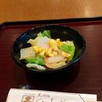 天ぷら ひさご - 天丼のサラダ