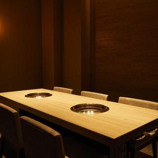 旨い焼肉をこだわりのプライベート空間でいただく、贅沢な時間。