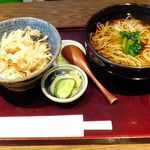 武蔵野 - 温かいお蕎麦+かき揚げ丼