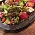 パーラーつばめ - 焼きサバのサラダ