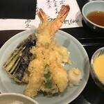 おいしい寿司と活魚料理 魚の飯 - 天ぷら