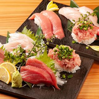 寿司ネタは約50種類!九州の漁港から直送する鮮魚もございます