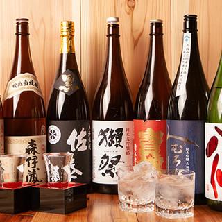常時20種類もの厳選地酒をご用意。希少な九州の焼酎も◎