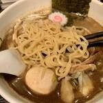 江戸前煮干中華そば きみはん - ぷりぷり麺