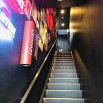alcobareno - こちらの階段を2階へ(((o(*゚▽゚*)o)))