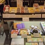 茶寮TSURU - [内観] 店内 お料理 ショーケース