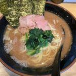 麺家 あくた川 - ラーメン中750円