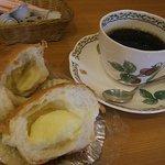 ベーカリー&カフェ グリンデルワルト -