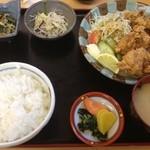 しみず - 鶏唐揚定食(735円)