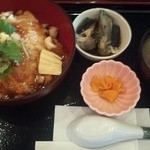 和味や るぜん - 海鮮湯葉餡かけ丼