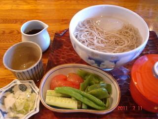 地球屋 - 水そばと野菜の煮物のセット(夏季)