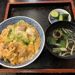そば辰 - 料理写真:親子丼(吸い物)