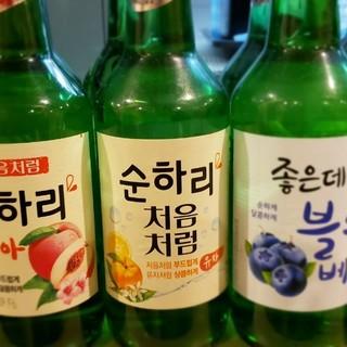 本場韓国のお酒やお茶などの飲み物も多数取り揃えております
