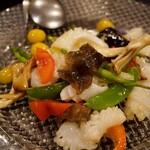 122419031 - アオリイカと季節野菜の岩塩炒め 1,700円