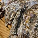 浜焼き白浜家 - 牡蠣
