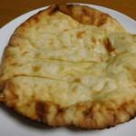 ビハニ - チーズナン