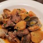 ヴィラモウラ - 豚肉とアサリの炒め煮 全景