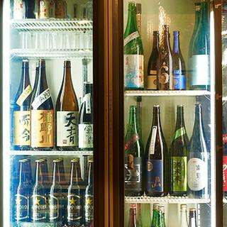 魚と相性ばっちりな日本酒は、常時15種類ご用意しております。