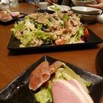 122447476 - 前菜盛り合わせ&たなか畜産肉サラダ