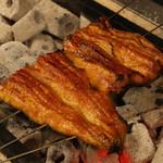 炭焼き 鰻真 - 料理写真: