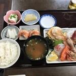 海鮮料理 磯 - 刺身定食