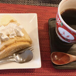 Cafe 豆うさぎ - セット、シフォン