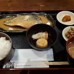 三間堂 - サバ味噌定食全景