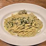 Meat & Wine イタリアンバールDari - 牡蠣200%クリームパスタ