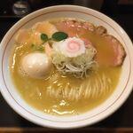 ナマイキ ヌードルズ - 料理写真:特上鶏塩白湯