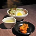 焼肉レストラン ロインズ - 冷麺ハーフサイズ