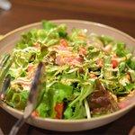 シャモロック酒房 - カルパッチョなサラダ