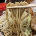 ぶっ豚 - 【2019.12.6】加水やや高めの太麺。