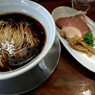 麺屋 菜花奈
