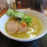 札幌鮭ラーメン麺匠 赤松 - 料理写真:和こく鮭だし塩(820円)