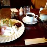 モア - 料理写真:モーニングAセット 600円