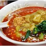 桃天花 - 料理写真:カレー担々麺 850円 カレーと担々麺が違和感なく一体化♪