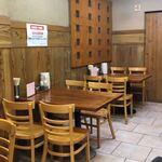 亀戸餃子  - 店内の雰囲気