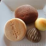 和菓子しおざき - 料理写真:中山晋平最中(栗小倉)・生どら(コーヒー)・純栗・梅えなぁ