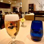 122564419 - イタリア生ビール、モレッティは香りが鼻をくすぐり、スッキリした飲み口