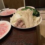 大阪豚しゃぶの会 天六店 - お野菜も!