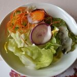 レストラン楓 - セットのサラダ。レストラン楓(かえで,豊田市足助町)食彩品館.jp撮影